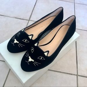 $830 Charlotte Olympia Kitty Flats With Gold Heel